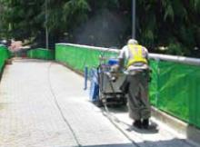 歩道樹脂舗装研削
